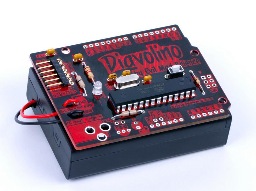 也有跟乾電池盒整合在一起的Diavolino