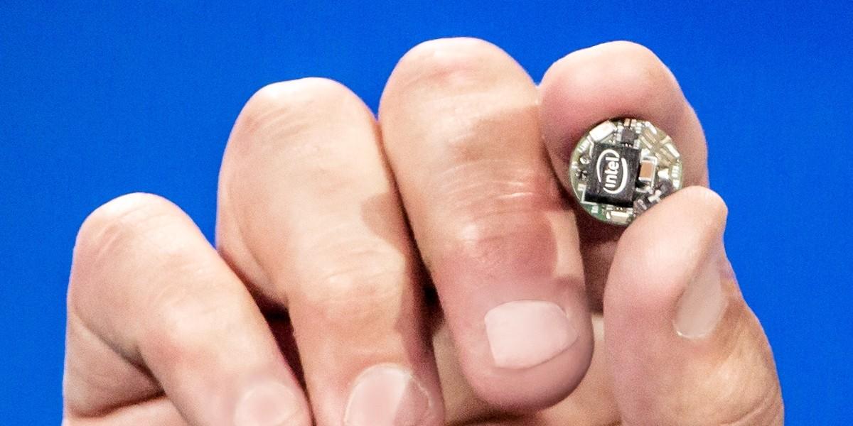 Intel為穿戴式應用量身定製Curie晶片。