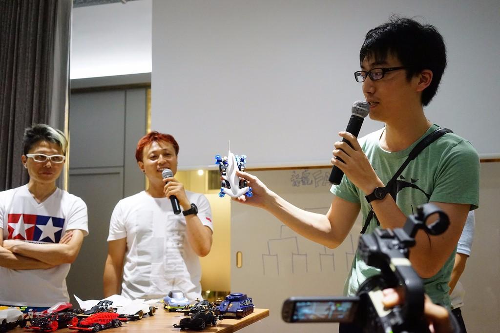 2014年Fabcafe主辦的比賽中內裝 Arduino的車。