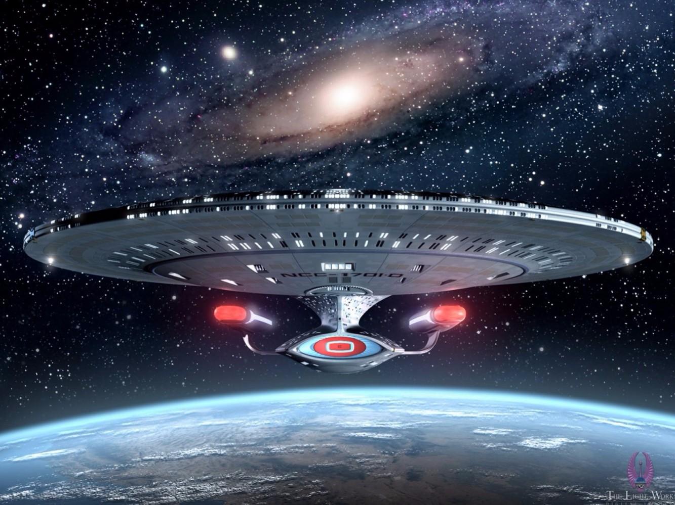 一部虛構未來時空的電影,描寫 James Tiberius Kirk 與企業號的星際冒險故事。