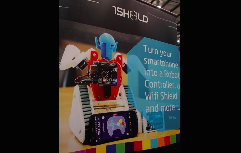 1Sheeld概念被微軟採用,圖為1Shield在Maker Faire Bay Area 2015參展海報。