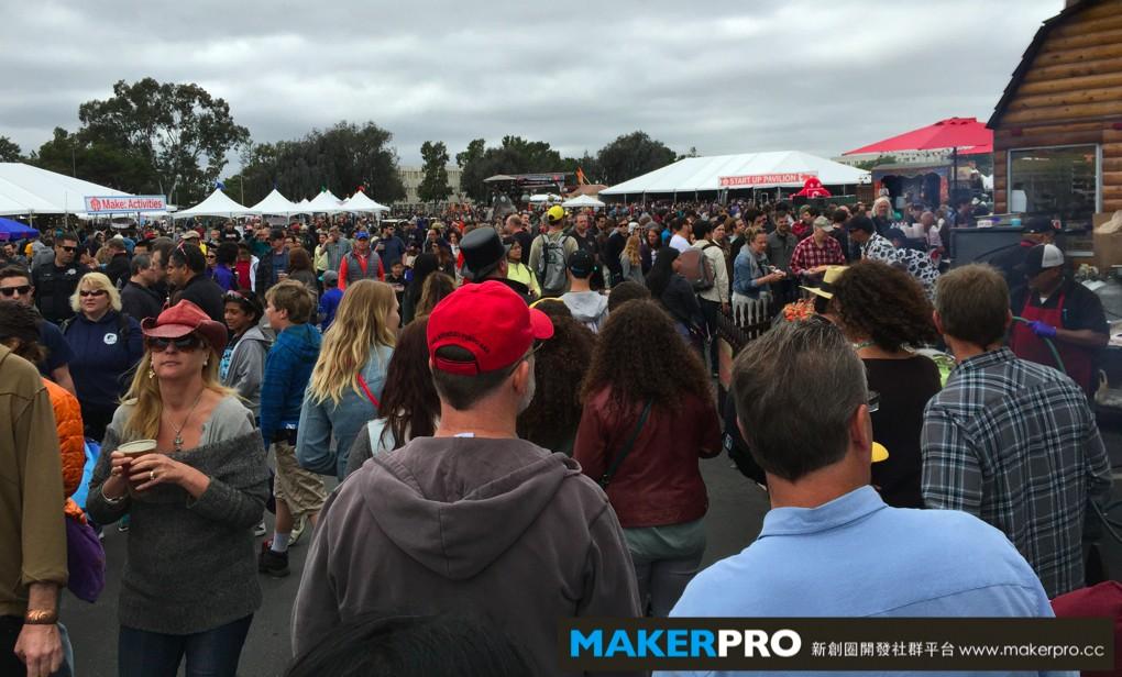 Maker Faire Bay Area 2015已是第十屆,今年預估有23萬人參加這個展覽!