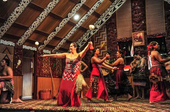 Poi源自於紐西蘭毛利人的傳統舞蹈