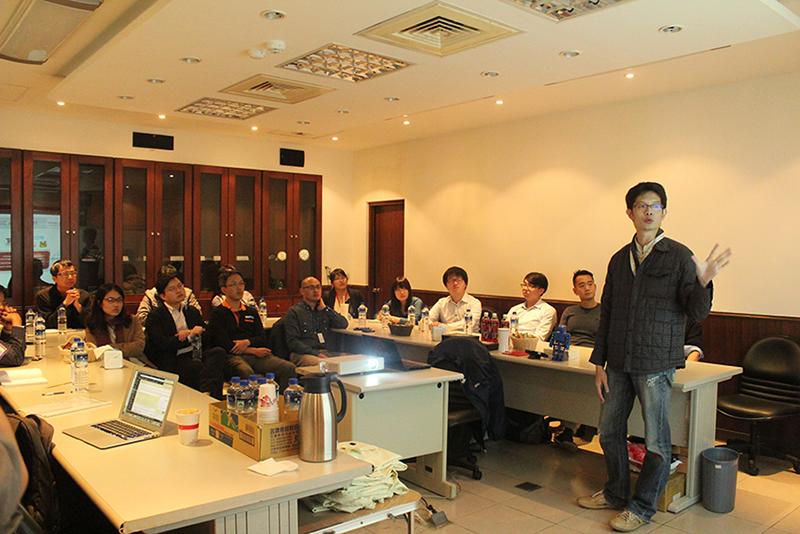 邁特客戶開發經理Ray Tai與Maker簡報交流