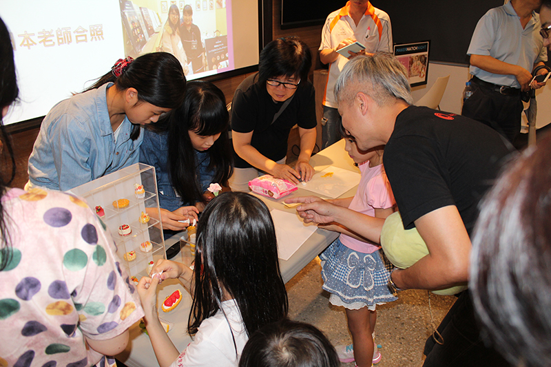 分享會後現場教學體驗仿真甜點黏土製作
