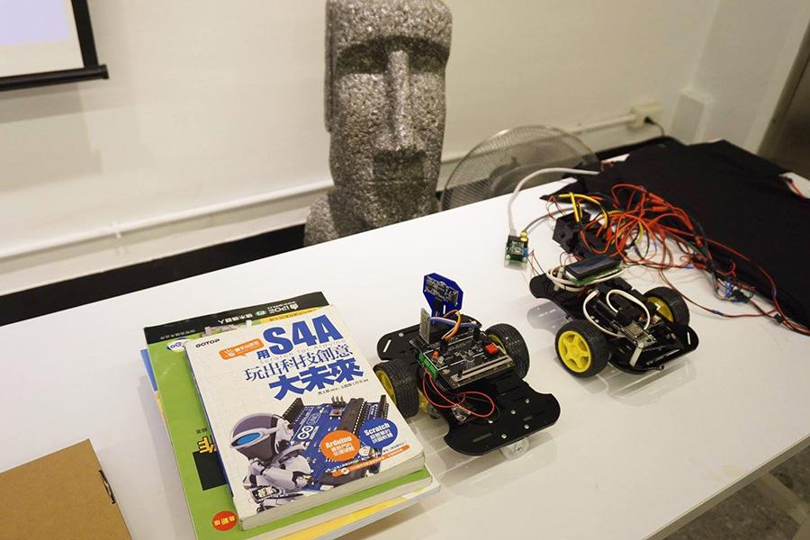 Motoduino 針對中小學教育需求,開發Arduino互動學習套件、示範教材等教具