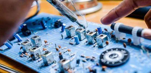 【Maker電子學】淺談繼電器規格與驅動