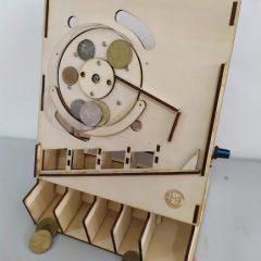 【文創設計】自製快速分類硬幣神器 — 分幣機