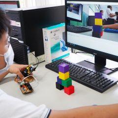 仁愛國中數位學習深耕計畫,採用威盛AI視覺感測器Pixetto