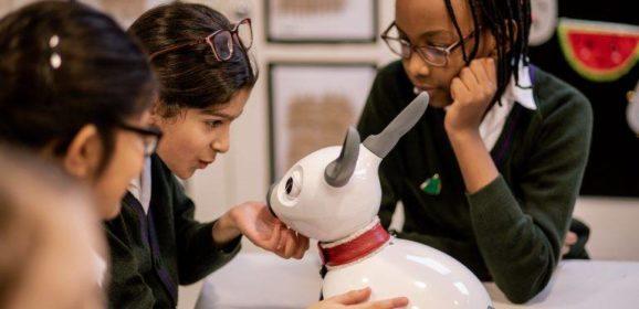 樹莓派打造的MiRo-E電子狗,既是寵物也可學習程式