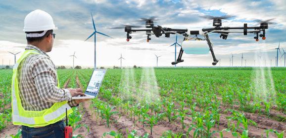 【無人機】農村缺工?無人植保機上工了!