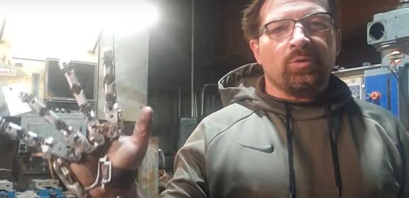 斷了手指還是要生活!美國工程師自製「機械義肢」